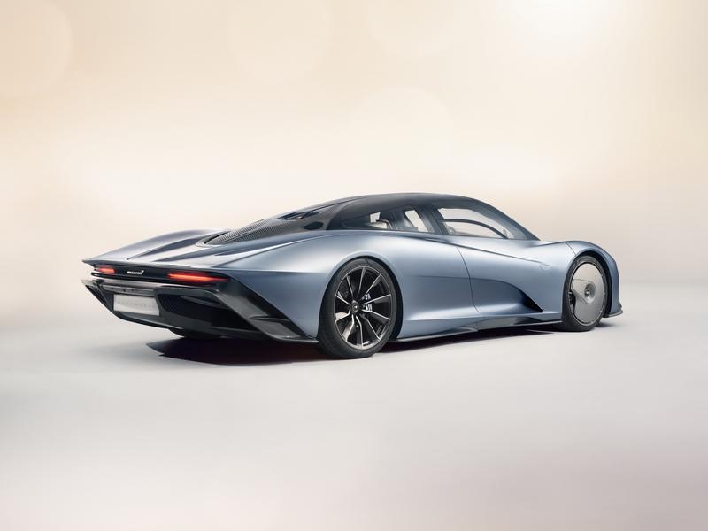McLarenSpeedtail SuperCar 2018-