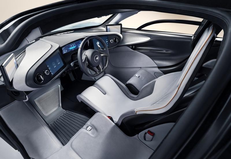 McLarenSpeedtail SuperCar 2018-interior