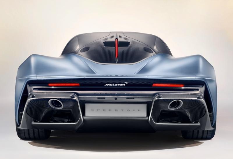 McLarenSpeedtail SuperCar 2018-rear