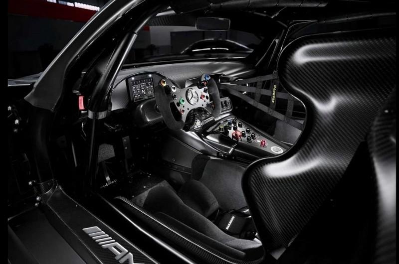 Mercedes-AMG GT3 Edition 50 - 2017-int