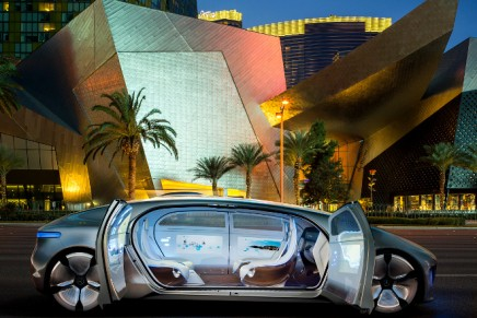 Mercedes-Benz F 015 Luxury in Motion aims to make autonomous driving reality in everyday traffic