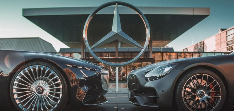 Mercedes-Benz is the brand with the most likes on Instagram