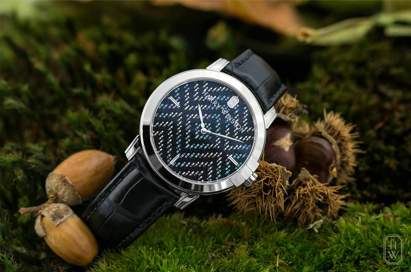 Midnight Precious Weaving watch by Harry Winston - gallery 2017-2018