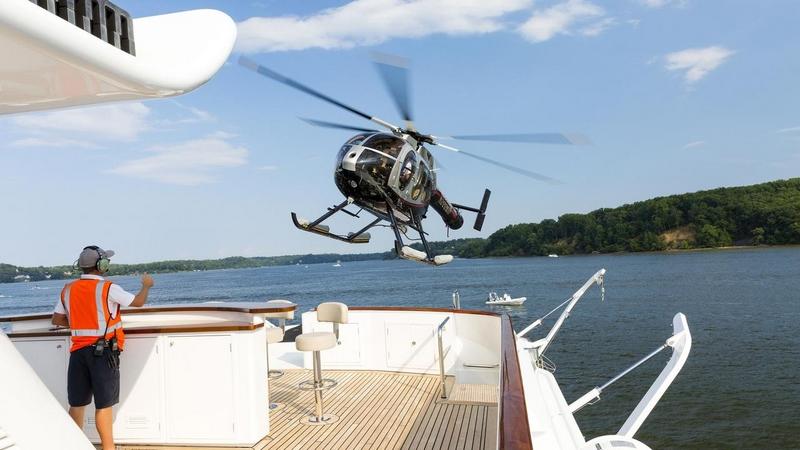 Minderella Yacht Helicopter