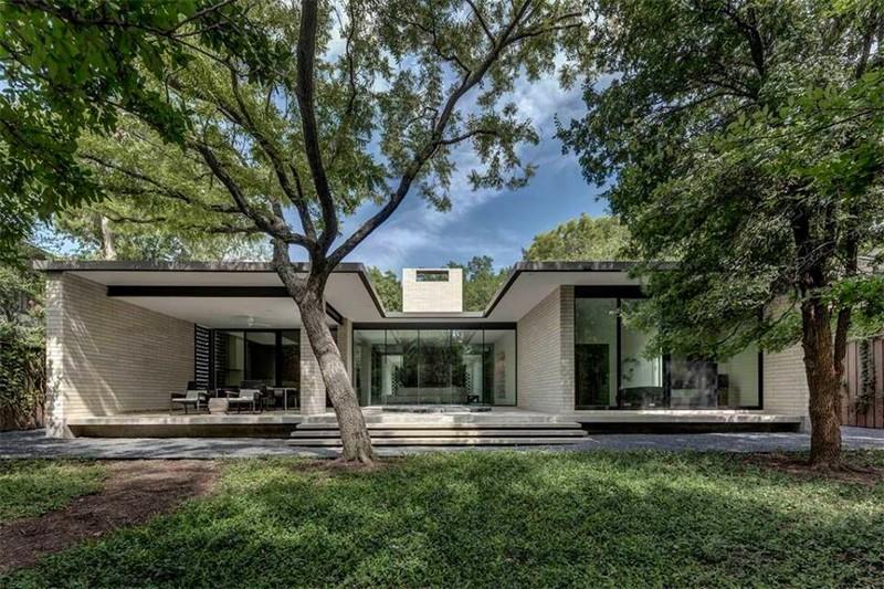 Modern Architectural Masterpiece in Dallas, Texas