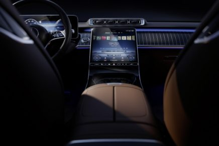 Modern luxury attains the next level in the interior of the S-Class