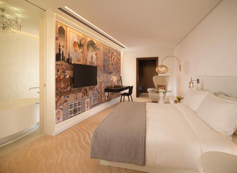 Mondrian Doha room
