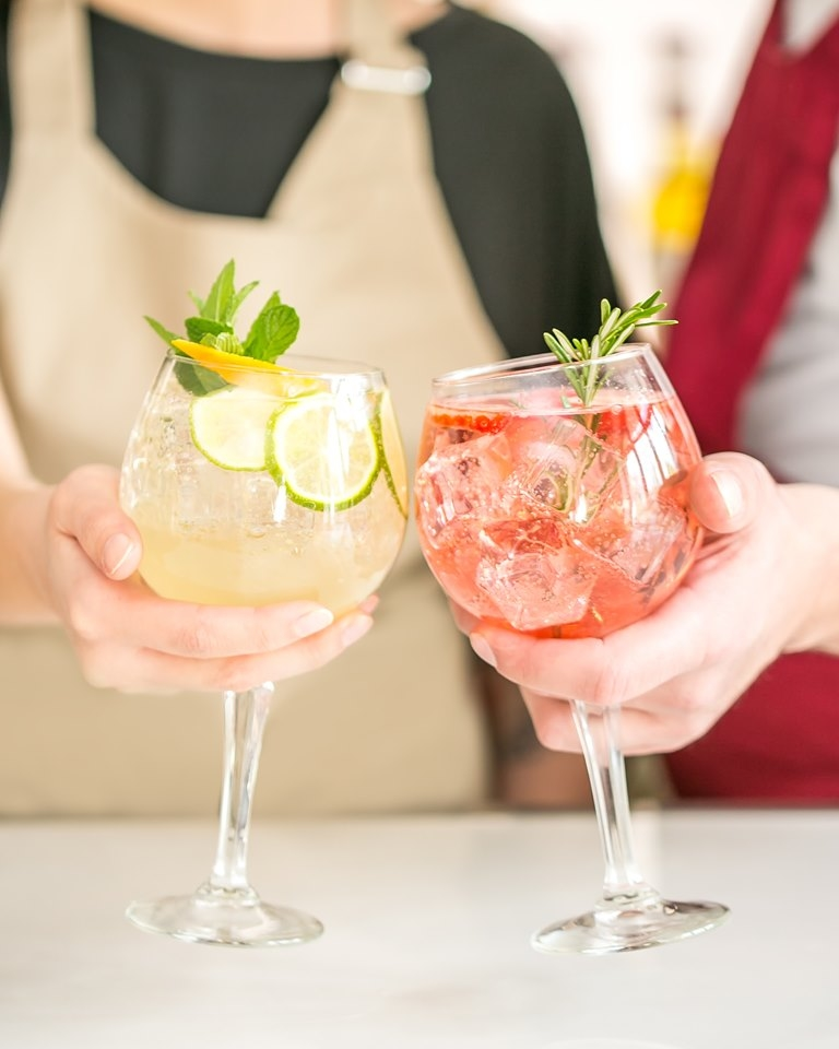 Monin - Like for the Jasmin Spritzer - Love for the Rosé Strawberry Spritze