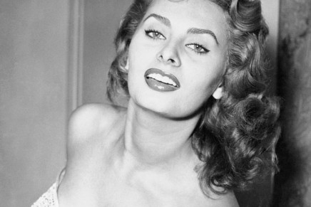 #RewriteYourFuture: Sophia Loren Limited Edition Pen