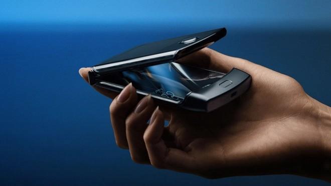Motorola Razr 2020 folding phone-
