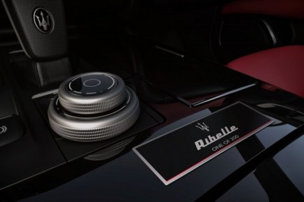 A darker rebellious look: The new Maserati Ghibli Ribelle offers exclusive design and elegant interior trims