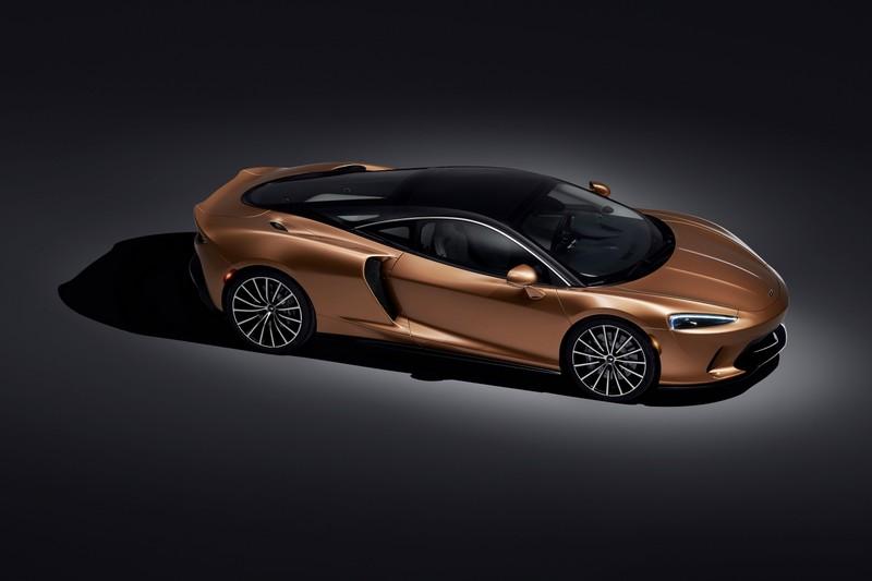 New McLaren GT - superlight Grand Touring-02