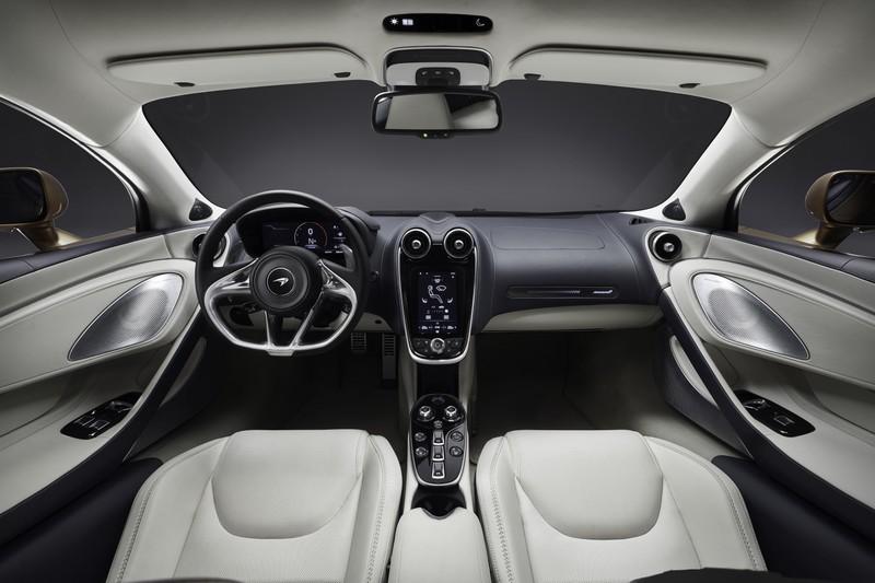 New McLaren GT - superlight Grand Touring-05