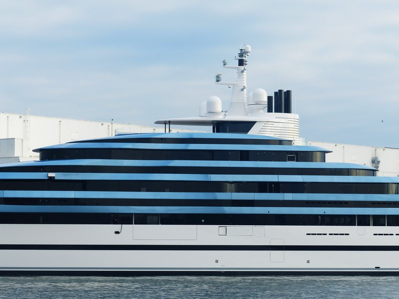 Oceanco 110m 361ft JUBILEE represents a number of firsts in yachting-01