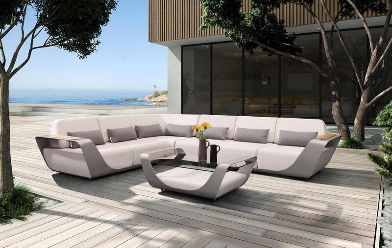 Onda, the outdoor furniture collection designed by Pininfarina for Higold