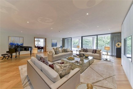 Want to sell your luxury London home? Then take £1m off