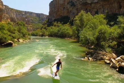 Flat-water surfing: Onean Electric surfboards