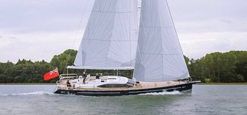 Oyster 675 yacht