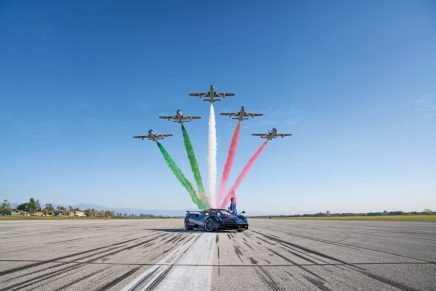 Pagani's € 5,500,000 tribute to the 60 years of the Frecce Tricolori, the world's largest aerobatics patrol