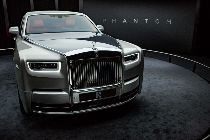 Phantom VIII is the 21st Century incarnation of the world's longest running automotive nameplate-2017