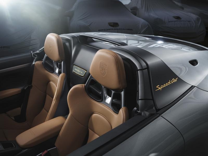 Porsche Exclusive Manufaktur presents 2019 Porsche 911 Speedster with Heritage Design Package - int