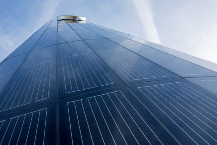 """Porsche's first photovoltaic pylon seen as """"a key factor for the long-term success of electric mobility in Germany"""""""