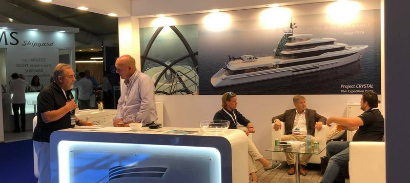 Project Crystal yacht by Mulder Design at Monaco Yacht Show 2018 - 2l2