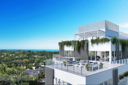 The new Ritz-Carlton Residences Miami Beach feature a private marina with a house yacht