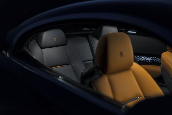 ROLLS-ROYCE TAKES BESPOKE TO NEW HEIGHTS WITH WRAITH LUMINARY COLLECTION-