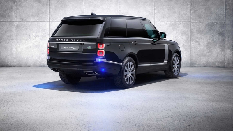 Range Rover Sentinel features the latest occupant protection-