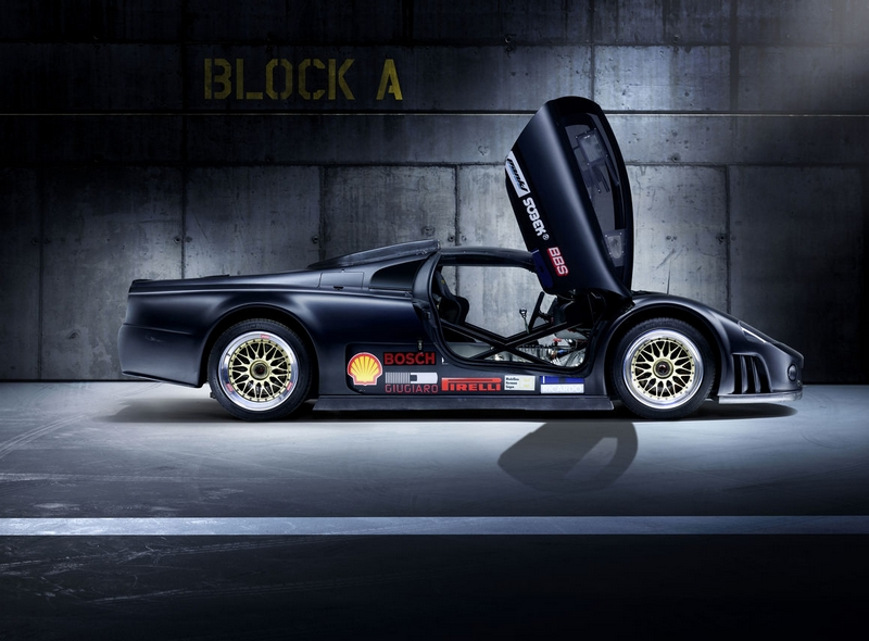 Record-breaking Volkswagen W12 Nardo