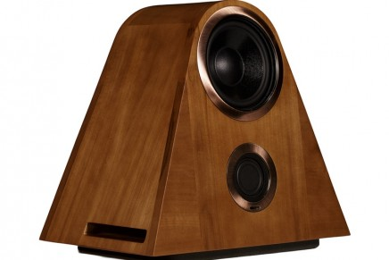 The listening experience becomes an emotional experience with Rembrandt Model V