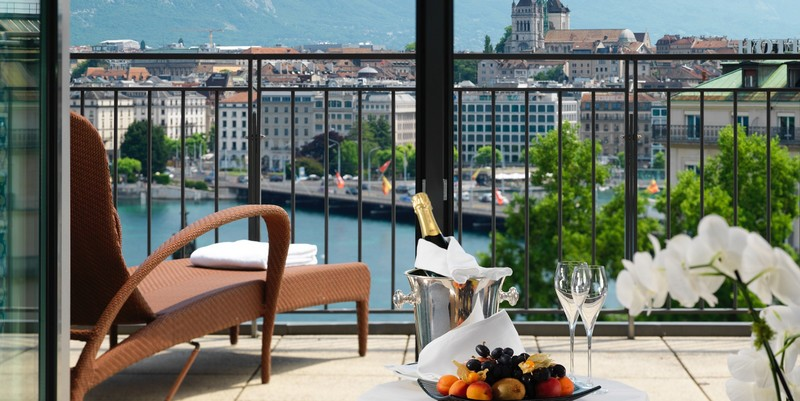 Richemond Geneva Gallery