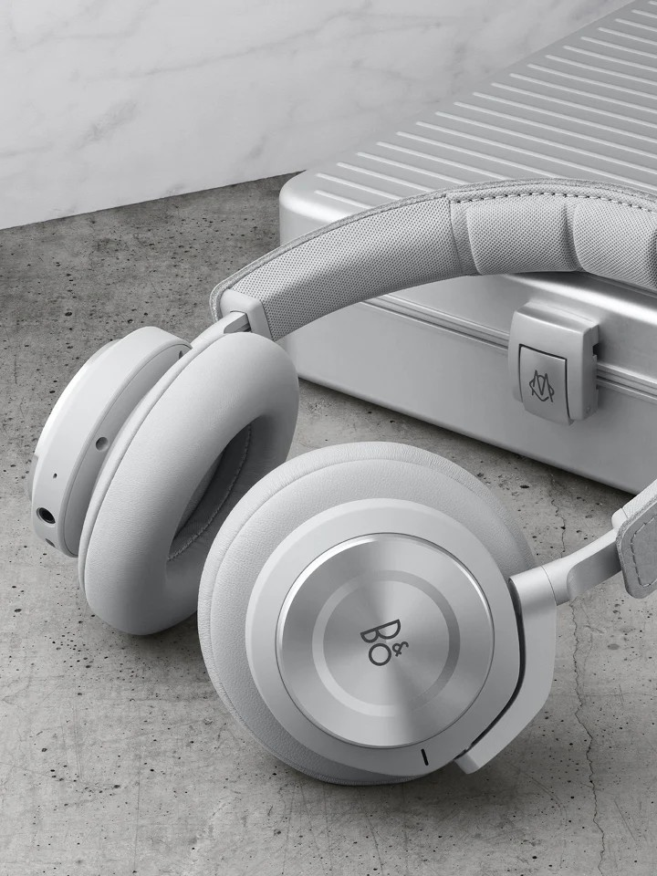 Rimova and Bang & Olufsen have created a pair of limited-edition Beoplay H9i headphones