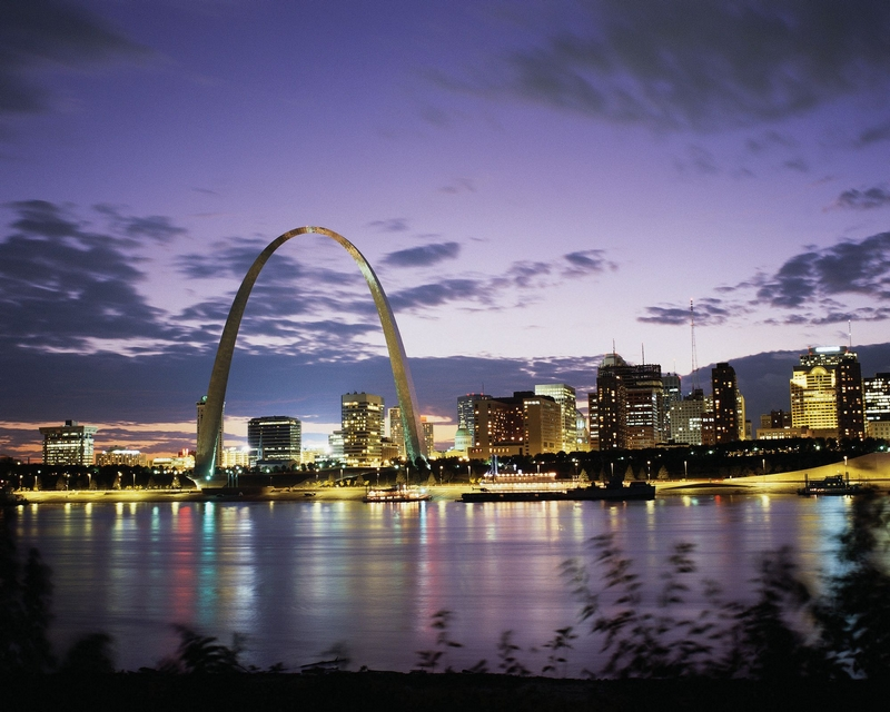 Ritz-Carlton St.Louis - iconic Gateway Arch
