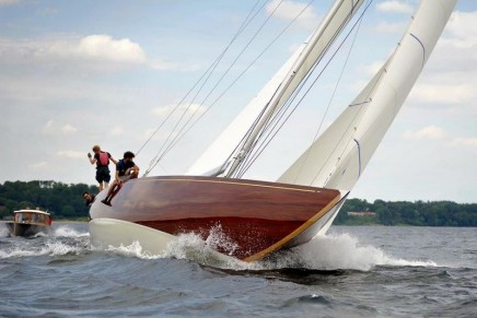 Anker 434 – the first 12 Metre constructed of wood in over 50 years