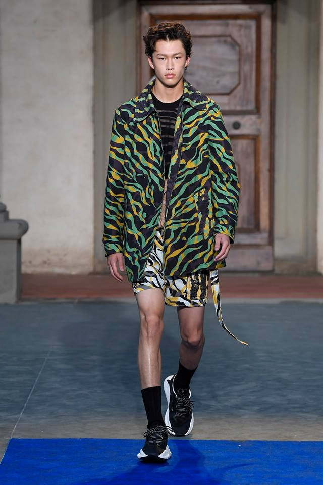 Roberto Cavalli presents first men's collection by Paul Surridge-01
