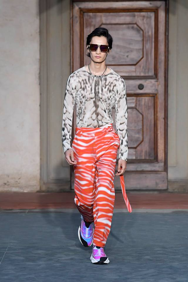 Roberto Cavalli presents first men's collection by Paul Surridge-03