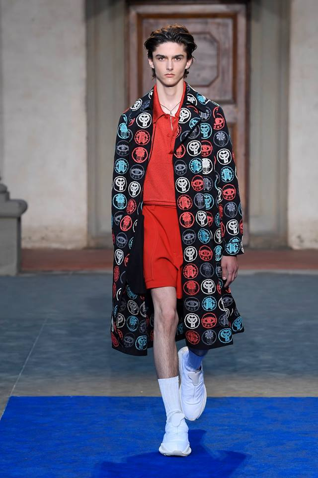 Roberto Cavalli presents first men's collection by Paul Surridge-04