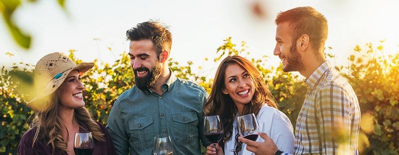 Rohys Seasonal Winery Outfits 2019