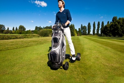 RolleyGolf One 2017 Edition – the world's first hop on golf trolley