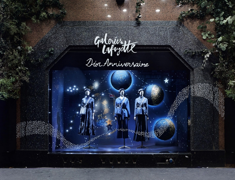 STARRY NIGHT AT GALERIES LAFAYETTE-