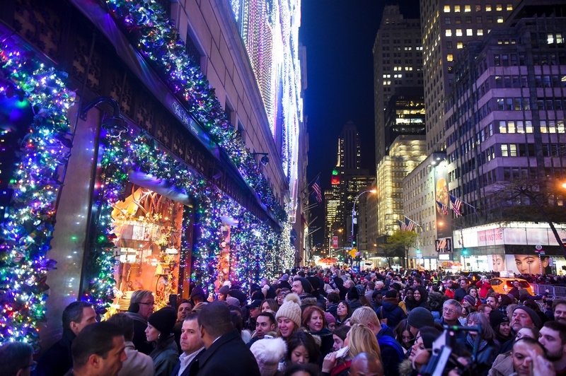 Saks Fifth Avenue's theater-inspired 10-story-tall theatrical light show-gallery