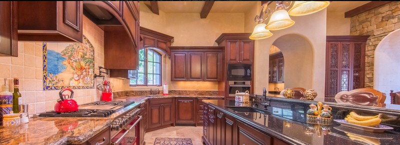 Scottsdale Estate Villa Falcone - This singularly exquisite home was built to last forever-
