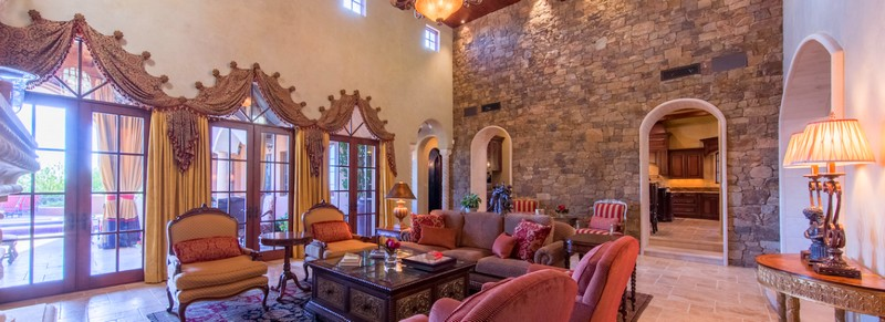 Scottsdale Estate Villa Falcone - This singularly exquisite home was built to last forever2017