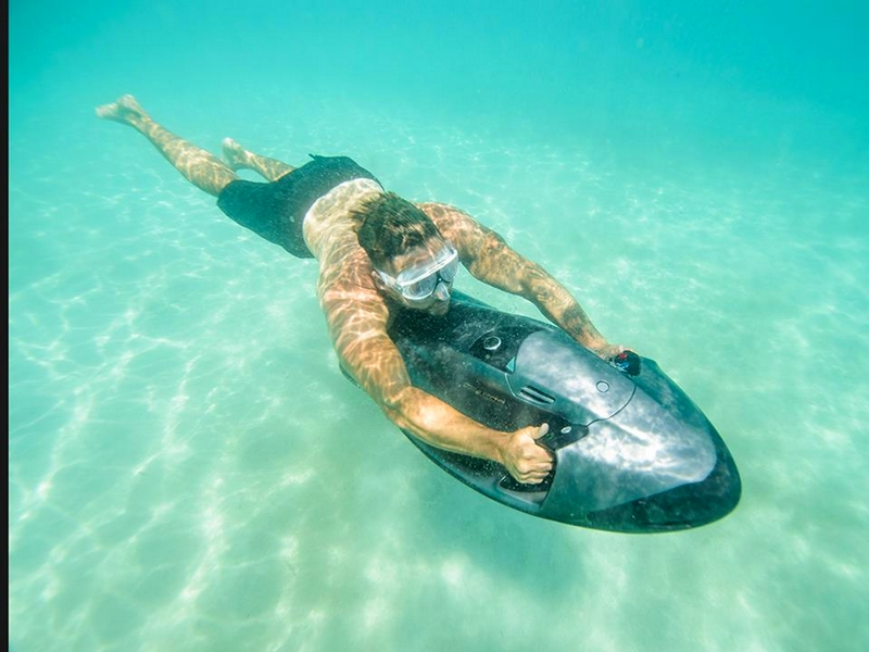 SeaBob - Glide through the water the most relaxing way.