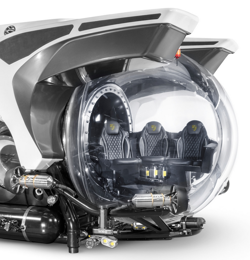 Seabourn custom submarines-