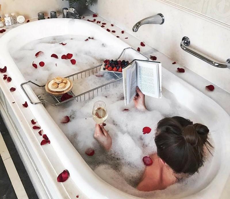 Sprinkle your bathtime with luxury