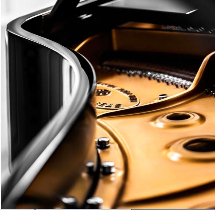 Steinway & Sons PianosSpirio