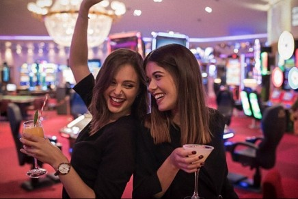 How to host a luxury casino party night
